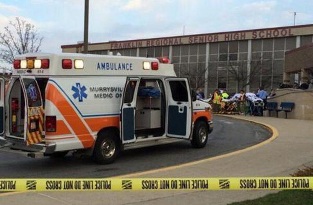 En Pittsburg del estado de Pensilvania, joven abre fuego contra sus compañeros dejando 19 personas heridas.