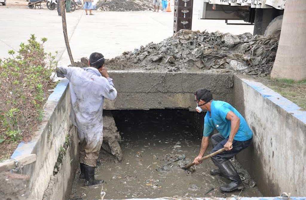 Trabajos manuales realizados por la Administración municipal.