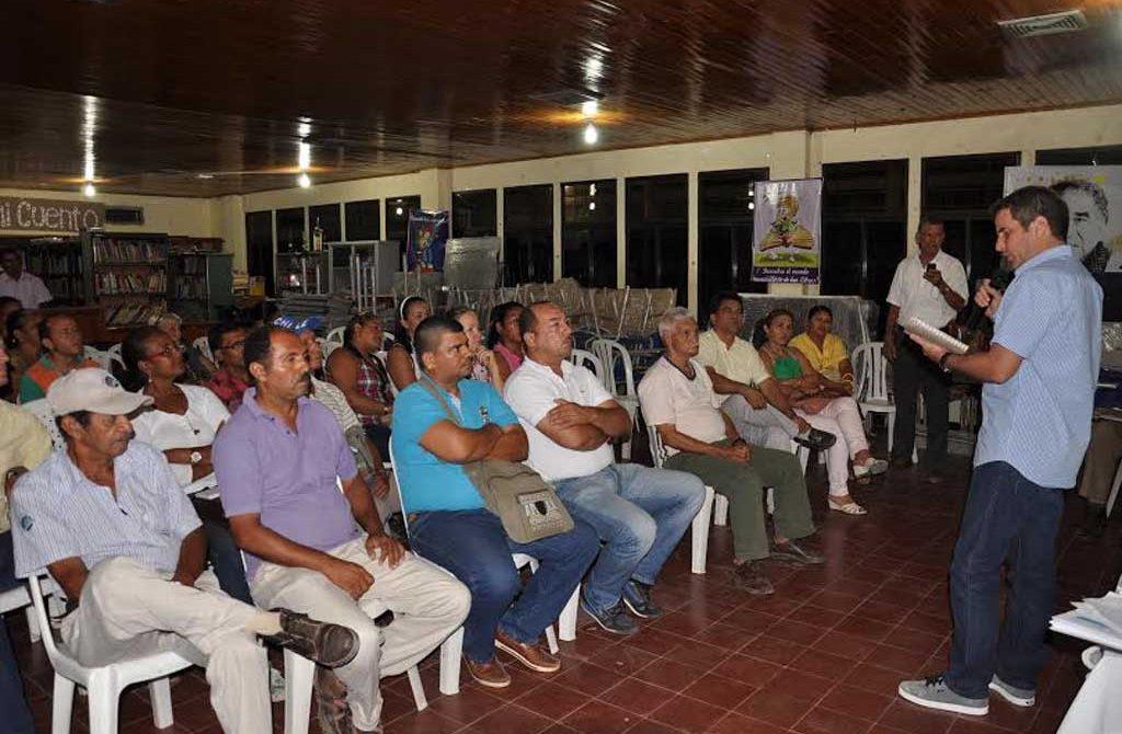 Administración Municipal, socializan obras que se ejecutan en estos sectores de la capital cordobesa.
