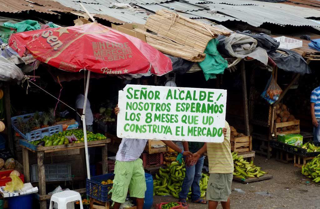 Comerciantes del Mercado Central, inconformes con la reubicación.