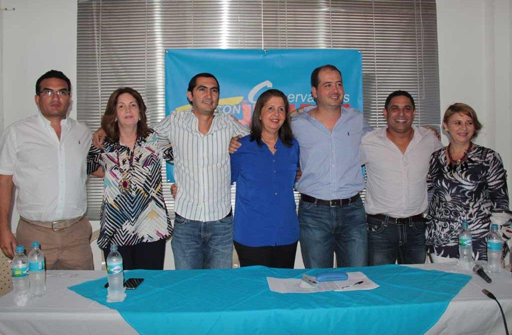 La bandera azul en Córdoba, alzo su voz y dio su respaldo a Oscar Iván Zuluaga.