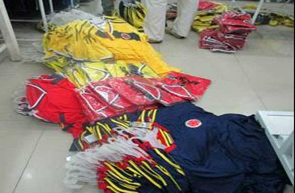 Policía Metropolitana se incautó de ropa de vestir y zapatos en la ciudad de Montería.
