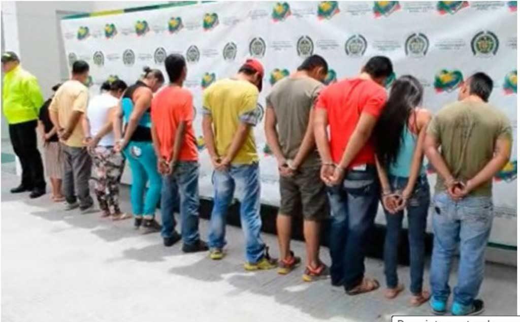 12 integrantes de una misma familia dedicada al tráfico de estupefacientes, fue aprendida por la Policía.