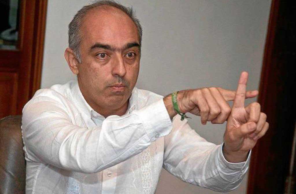 El mandatario local, Donamaris Ramírez Lobo, habría organizado una fiesta en la que fueron contratadas prostitutas, así lo dio a conocer la columnista Salud Hernández.