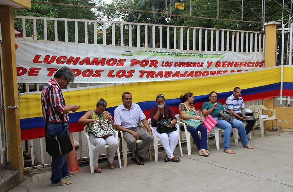 Desde ayer lunes, ninguna de las sedes de la Fiscalía en Córdoba, atiende actos urgentes, recibe denuncias ni realiza levantamientos judiciales.