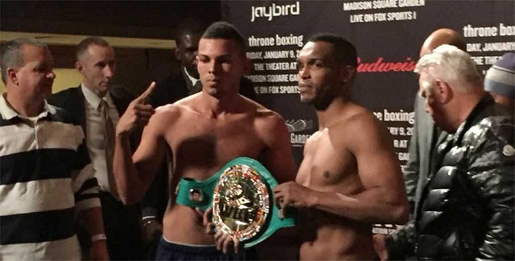 Boxeador barranquillero Alex Therán y el bahameño Tureano Johnson,