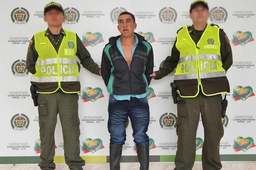 Alias 'Postobón', comandante, según las autoridades, de las milicias de la compañía 'Arley Martínez' del frente 18 de las Farc, fue capturado por la Policía.