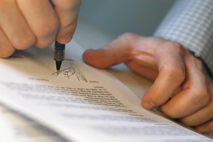 Fiscalía desarticula una registraduria y una notaria falsa en Montería.