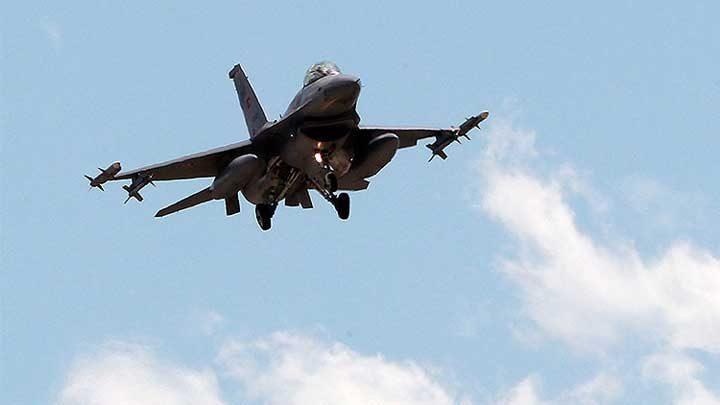 Turquía bombardea posiciones del Estado Islámico en Siria