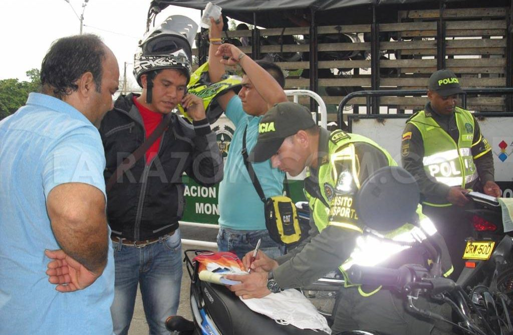 Monterianos recibirán descuento del total de intereses en multas de tránsito