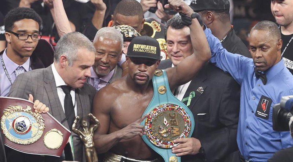 La Organización Mundial de Boxeo (OMB) retiró el cinturón de campeón mundial de peso welter al estadounidense Floyd Mayweather