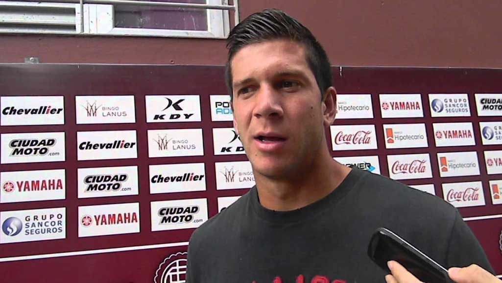 En un aparatoso accidente de tránsito murió Diego Barisone, jugador del Club Lanús de la Primera División del Fútbol Argentino.
