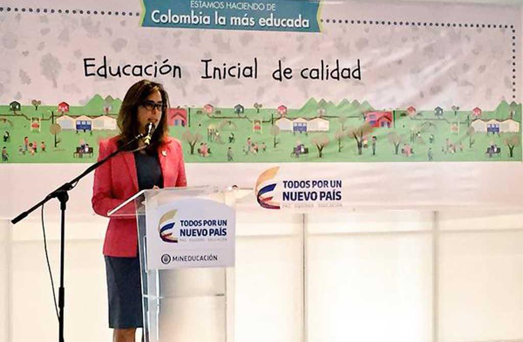 Ministra de Educación Gina Parody, ervelando los resultados de las auditorias a los contratos de alimentación escolar