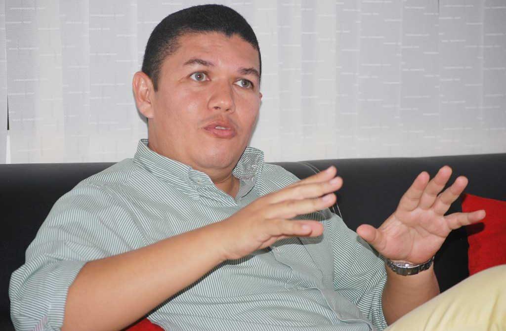 Javier De La Hoz, Abogado de la Familia Valencia Altamiranda