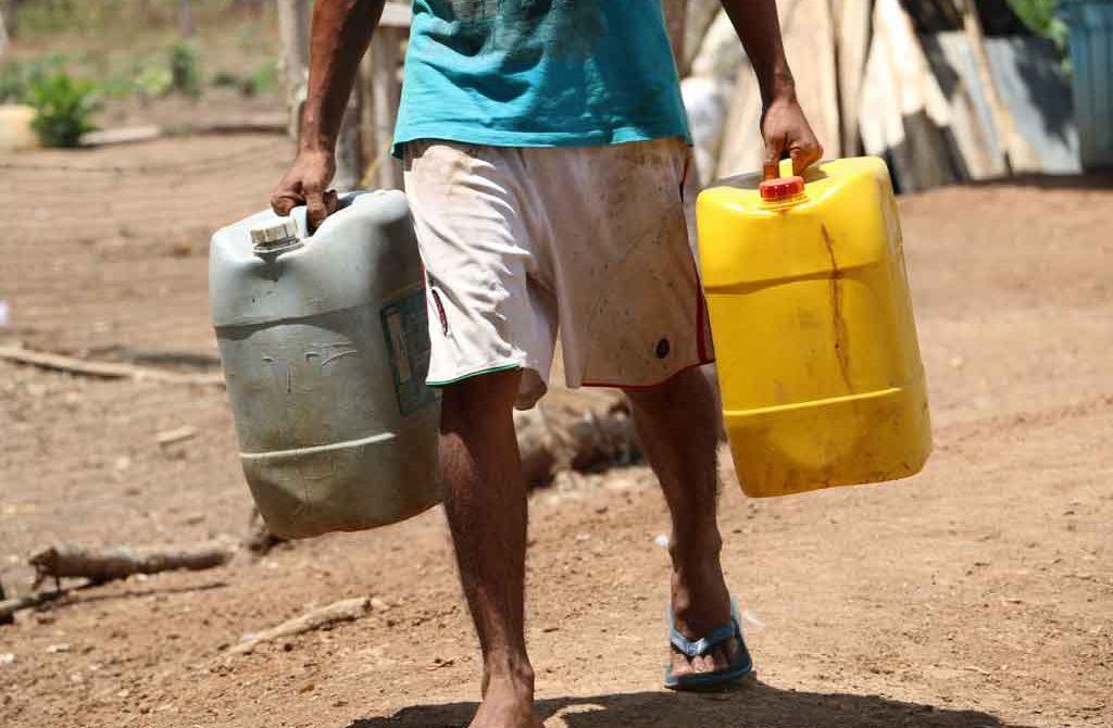 Familias restituidas en Santa Paula solicitan a autoridades, atender desabastecimiento de agua