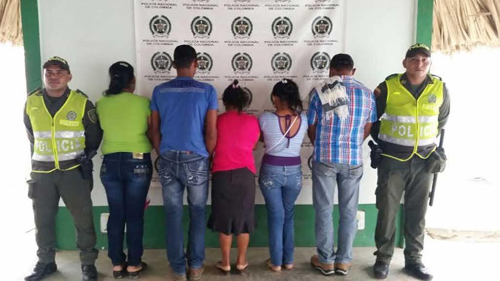 Detienen bus en San Pelayo, 5 capturados por presunta trashumancia