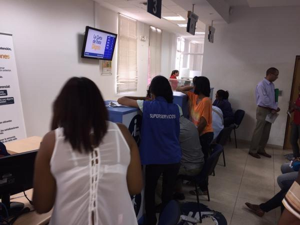SuperServicios realizó inspección sorpresa a oficinas de atención de Electricaribe en la Costa