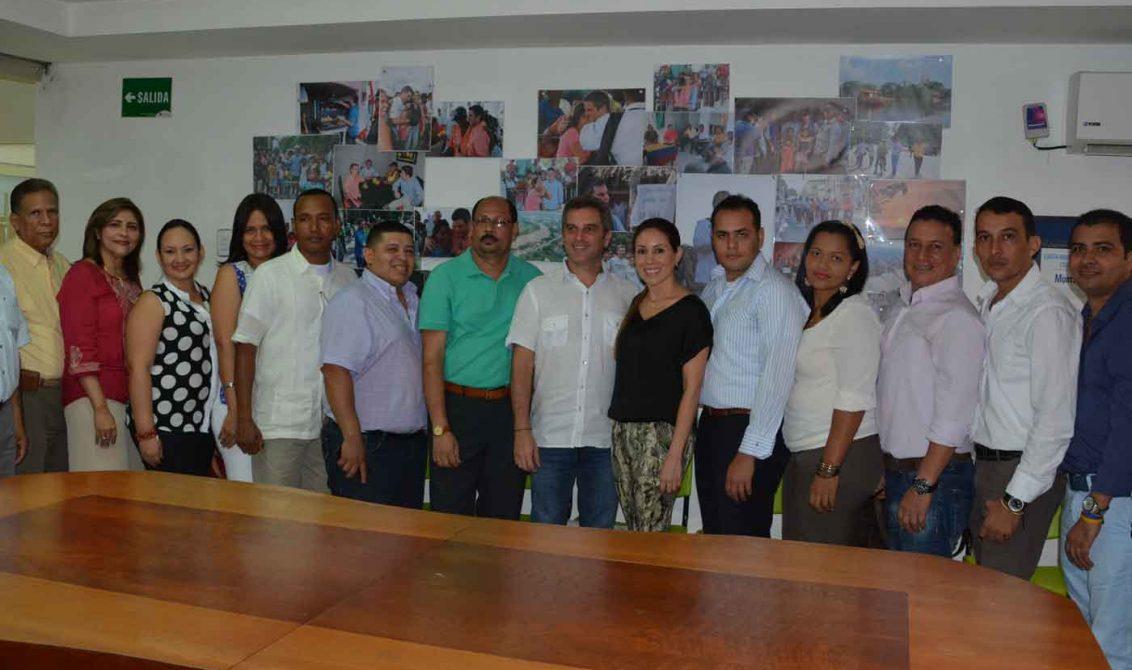 Un total de 48 docentes monterianos se han capacitado en for Profesores en el exterior