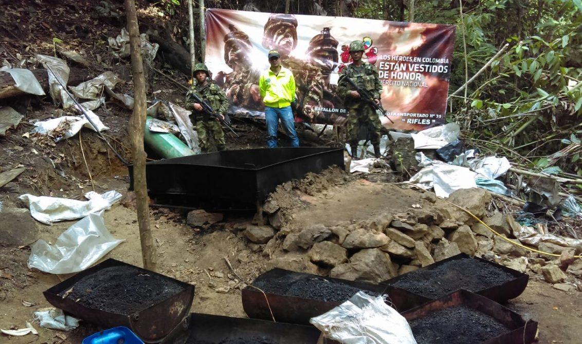 En el Bajo Cauca destruyen laboratorio de droga del 'Clan del Golfo'