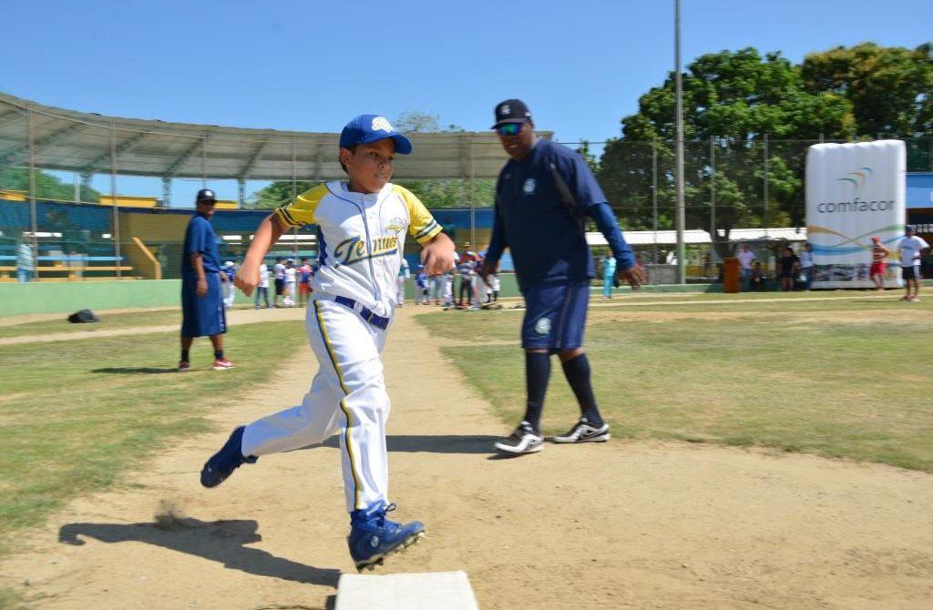 Comfacor ofrece Clínica de Béisbol para sus niños afiliados – LARAZON.CO