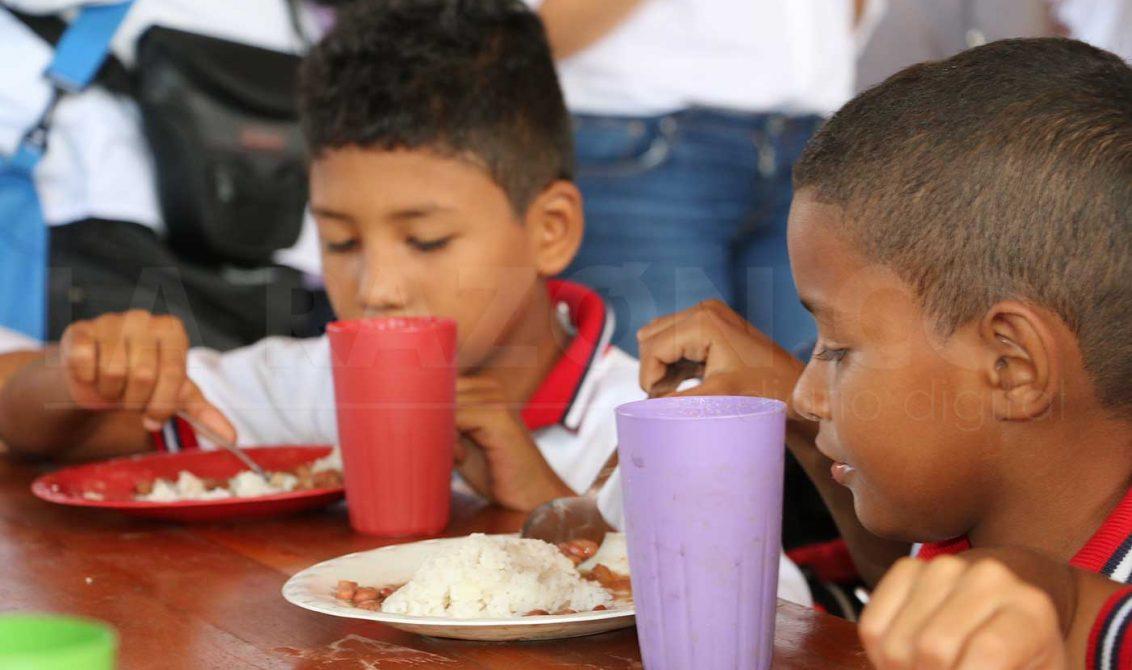 Ministerio de Educación defiende Programa de Alimentación Escolar