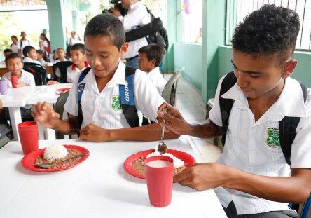 Plan-de-Alimentación-Escolar-444x311.jpg