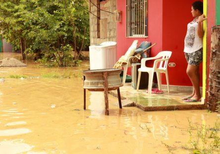 Inundaciones-Puerto-Libertador-6-444x311.jpg