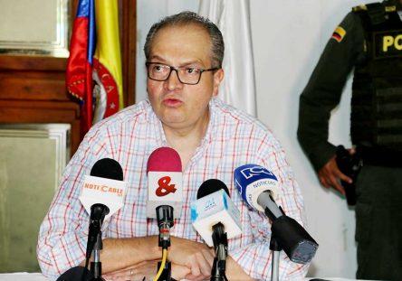 Procurador-Fernándo-Carrillo-444x311.jpg