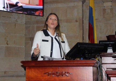 Sara-Piedrahita-Representante-Cámara-444x311.jpg