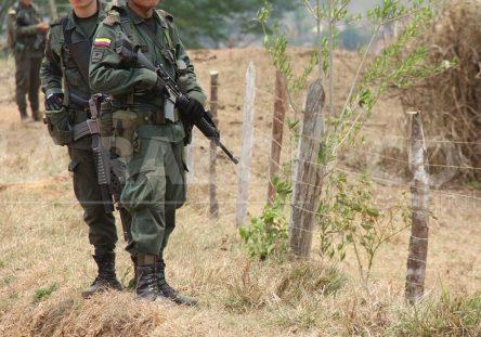 policias-444x311.jpg