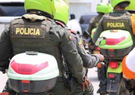 policias-en-moto-444x311.jpg