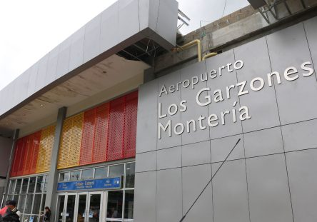 Aeropuerto-Los-Garzones-444x311.jpg