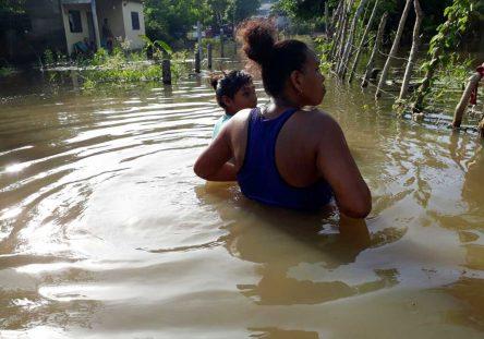 InundacionesenLorica-444x311.jpg