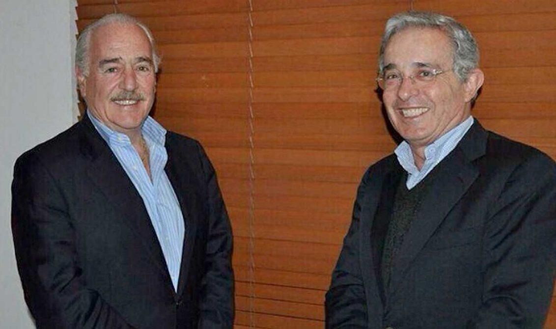 Uribe y Pastrana forman coalición para las presidenciales de 2018
