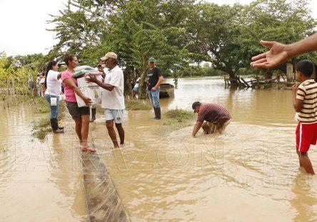 Inundaciones-Lorica-ayudas-444x311.jpg