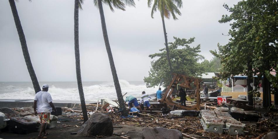 República Dominicana empezó a sentir el huracán María