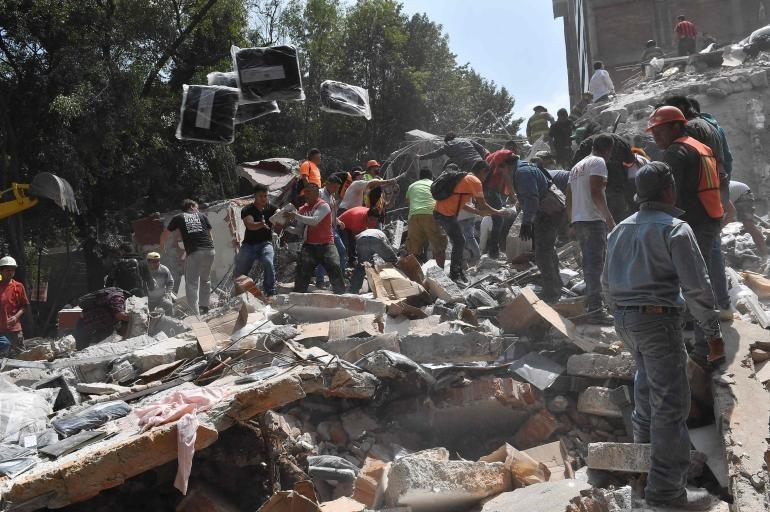 Edificios destruidos y derrumbres impresionantes tras un nuevo sismo en México