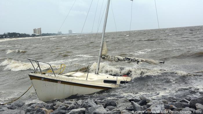 Paso de tormenta Nate por EE.UU. deja inundaciones y cortes eléctricos