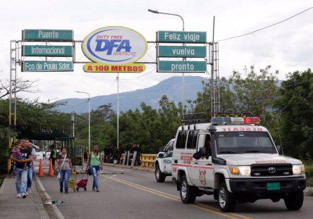 FronteraColombiaVenezuela-444x311.jpg