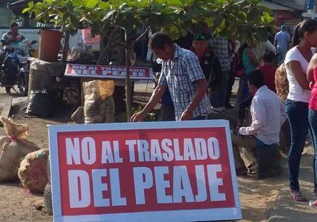ProtestaPeaje3-444x311.jpg