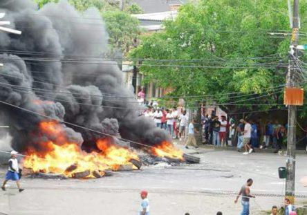 UrabáProtestas-444x311.jpg