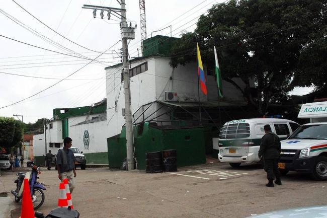 Diálogo gobierno-ELN de Colombia continuará suspendido