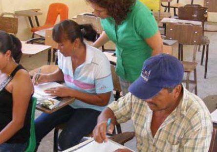EducaciónAdultos-444x311.jpg