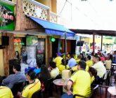 Colombianos-viendo-juego-de-la-Seleccion-165x140.jpg