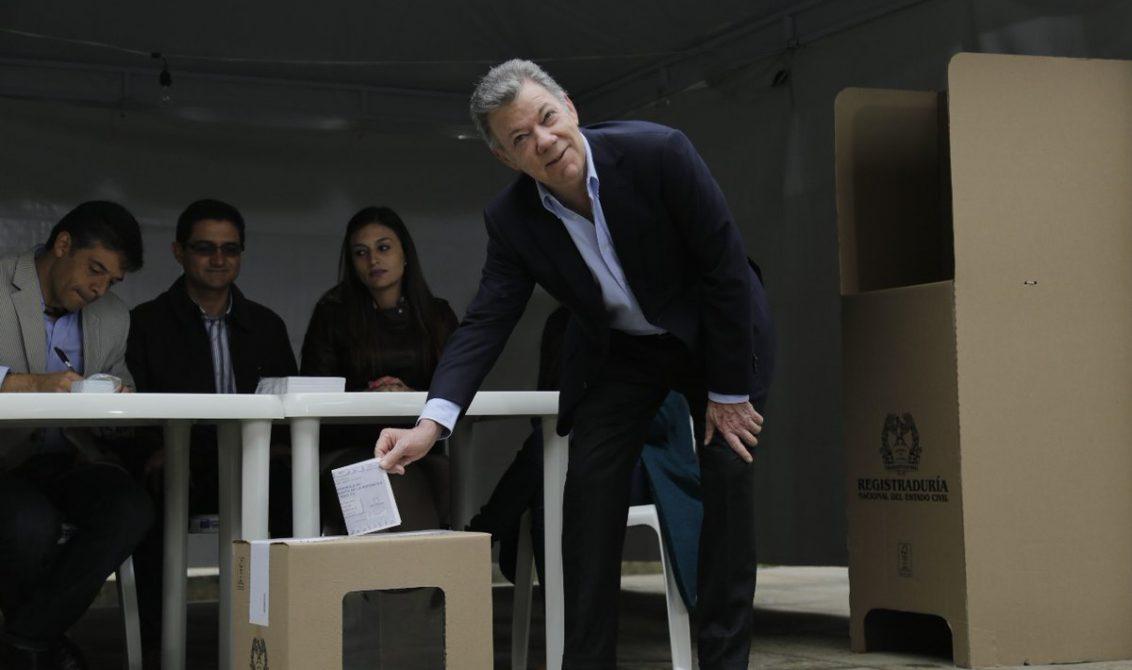 Internacionales: Santos felicitó a Duque, vencedor de elecciones presidenciales en Colombia