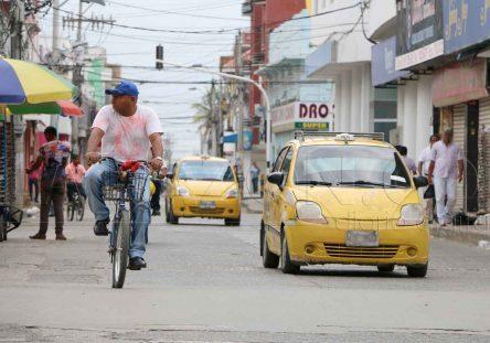 Taxistas-444x311.jpg