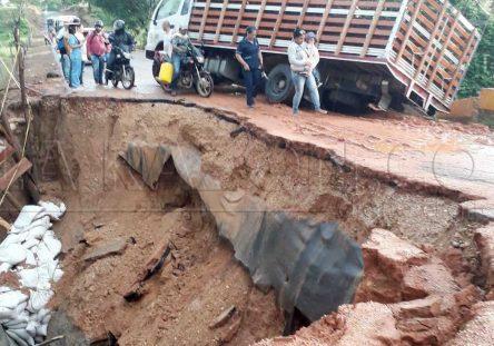 colapso-puente-dos-444x311.jpg