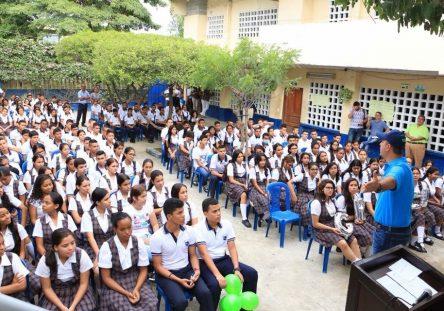 colegios-2-444x311.jpeg