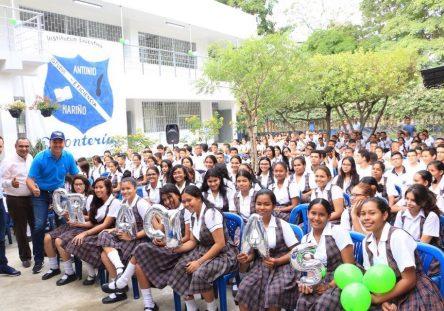 colegios-3-444x311.jpeg