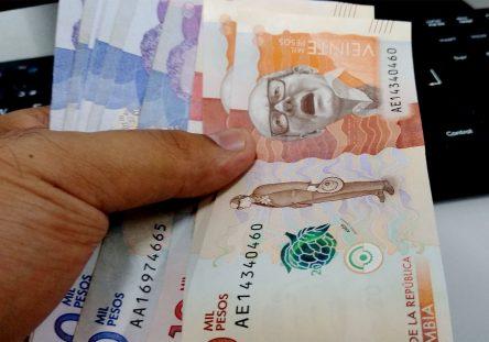 Dinero-salario-minimo-444x311.jpg